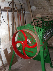 beet shredder with belt