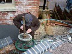 gate valve apart