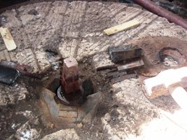 Drive shaft to the runner stone
